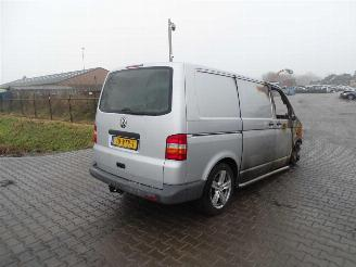disassembly commercial vehicles Volkswagen Transporter 2.5 TDi 2008/7