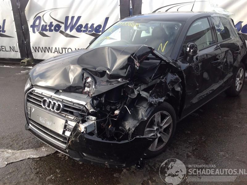 Audi A1 1.0 TFSI Sportback Attraction
