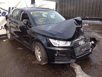 Audi A1 1.0 TFSI Sportback Attraction picture 2