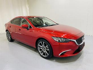 damaged passenger cars Mazda 6 Sedan 2.5 Aut SkyActive-G Signature 2018/1
