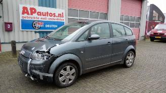 disassembly passenger cars Audi A2 A2 (8Z) 1.4 2005/1