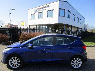 damaged passenger cars Ford Fiesta 1.0 ecoboost Titanium 74kW Nw Model 2017/9