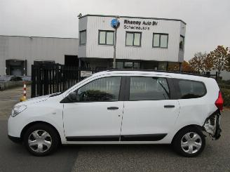 Dacia Lodgy 1.2 TCE 16_V 85kW 7 Persoons 2014/1