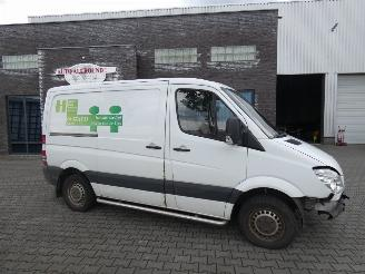 damaged commercial vehicles Mercedes Sprinter MERCEDES-BENZ SPRINTER 310 2.2 CDI 325 2010/4